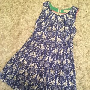 Girls Mini Boden blue and white lovebirds dress